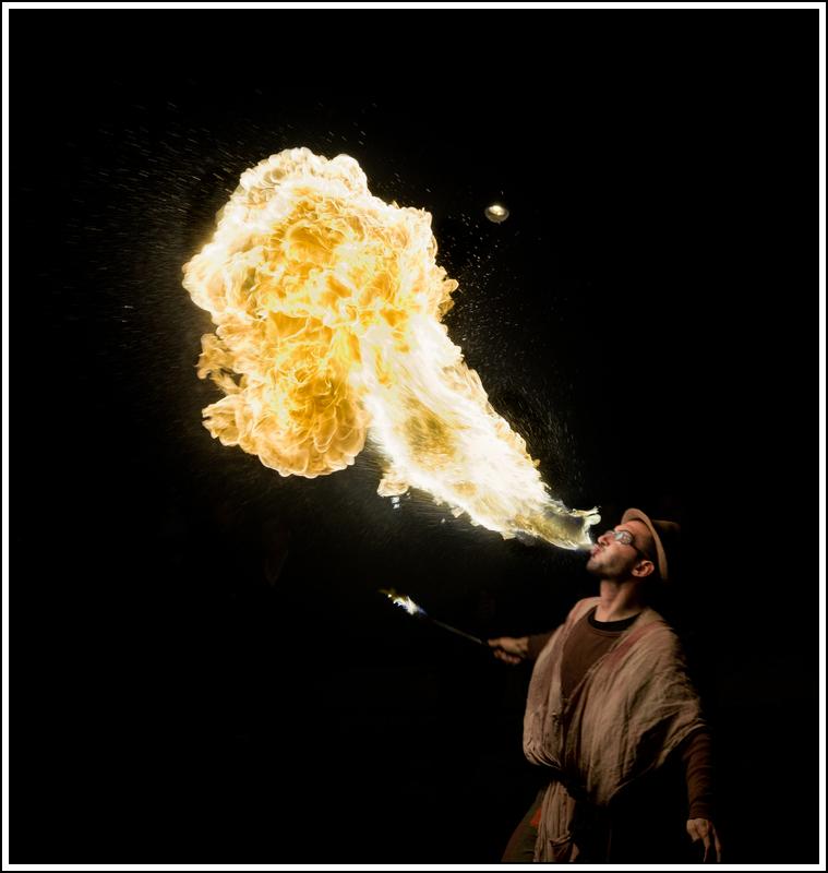 Photos cracheurs de feu - anniversaire 8 ans palais tokyo 21 janvier 2012 - Page 3 K5A13902