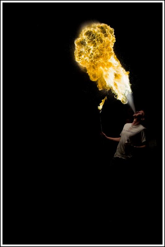 Photos cracheurs de feu - anniversaire 8 ans palais tokyo 21 janvier 2012 - Page 10 K5A14016