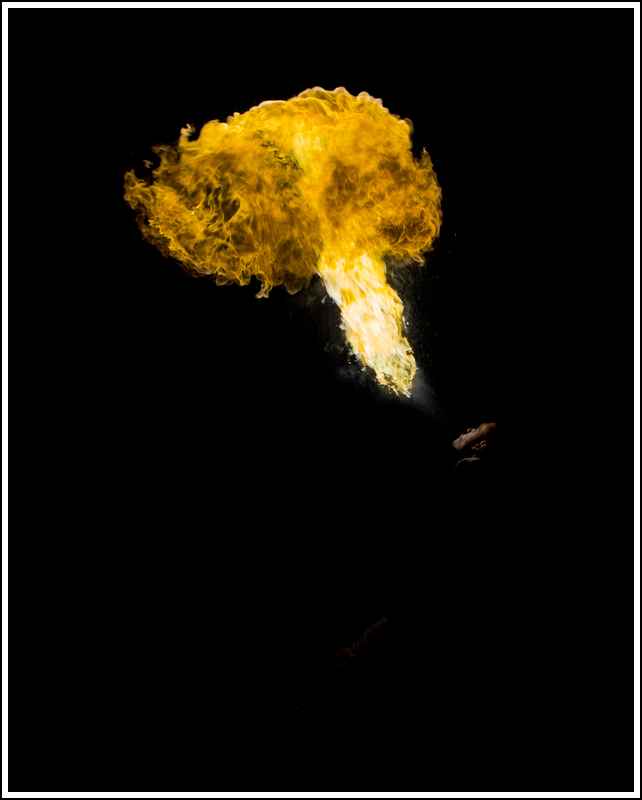 Photos cracheurs de feu - anniversaire 8 ans palais tokyo 21 janvier 2012 - Page 11 K5A14023