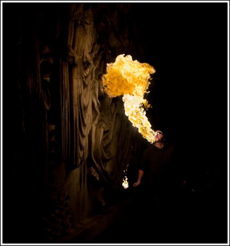 Photos cracheurs de feu - anniversaire 8 ans palais tokyo 21 janvier 2012 - Page 11 K5A14042