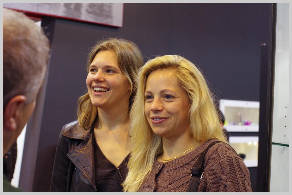 Rencontre du salon de la photo 2010 - Page 25 K5000117